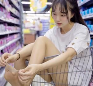 梦丝女神 - 029玥玥 超市的吃货少女高清视图[66P+1V/882M]