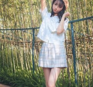 清纯美女西瓜 -  白云森林短袖无外套高清写真集 39P/427M]