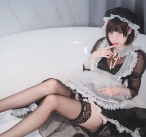 Coser南鸽 - 透明女仆高清视图[50P+2V/595M]