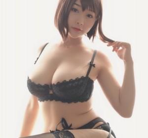 Coser三刀刀miido - NO.010 内衣高清写真集 [22P/24M]