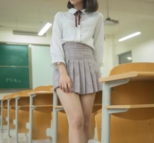 梦丝女神 - 005刘诺 教室顷语高清写真视图[89P+1V/1.2G]