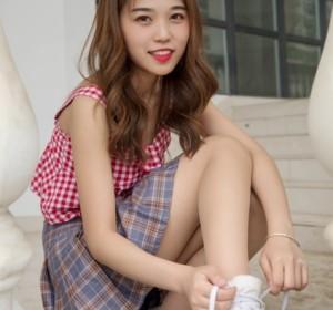 梦丝女神 - 022笑笑 甜甜的袜高清视图[73P+1V/881M]