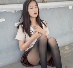 梦丝女神 - 025雪馨 学院的JK黑丝袜高清写真集[79P/473M]