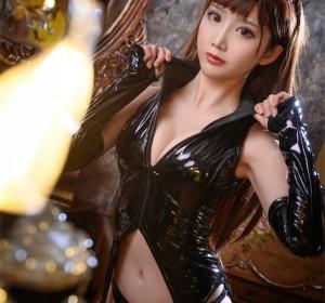 Coser面饼仙儿 - 黑胶+旗袍2套高清写真集[40P/696M]