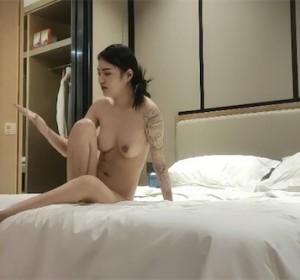 探花一屌 - 两个女主合集视频[1V/2.9G]