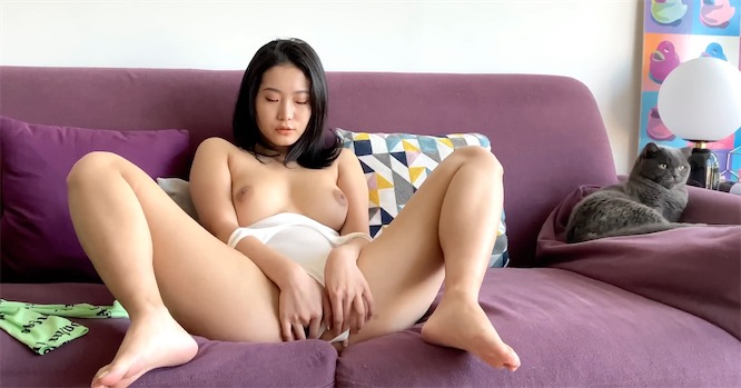 lonelymeow系列 - MEOWMEOW SEX JOURNAL VOL.1高清视频[1V/3.4G]