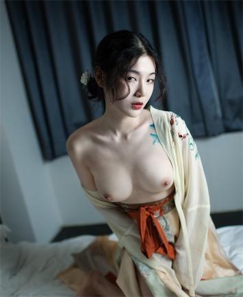 一米八的大梨子 - 汉服艺术高清图集[13P/97M]