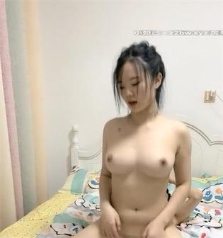 大胸妹子与男友剧情视频[1V/496M]