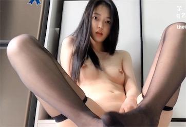 福利姬芋宝(芋喵喵) - 全裸高筒黑丝视频[1V/283M]